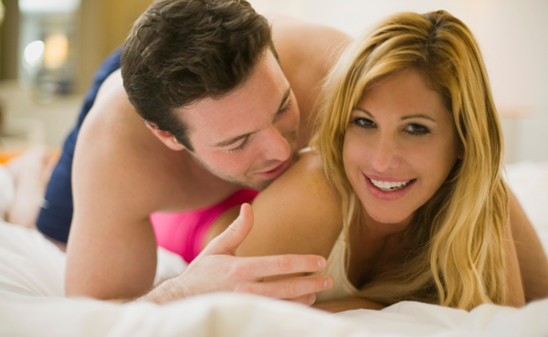 intimate_couple_600x3691